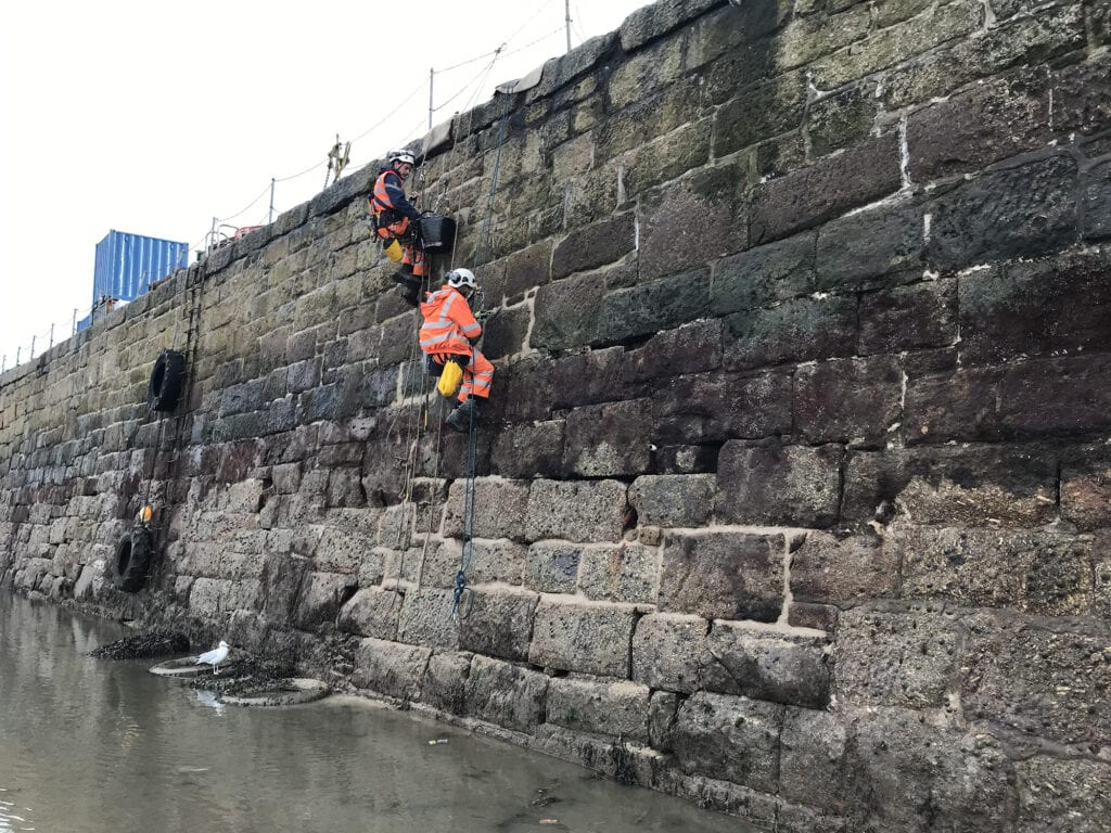 vector rope access technicianPointing Harbour Wall